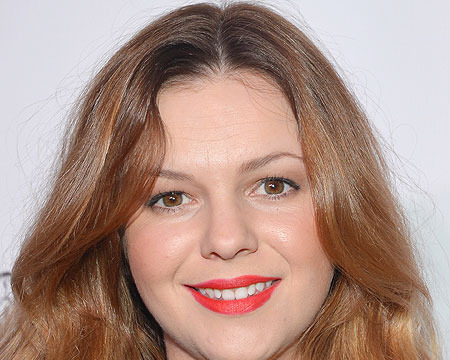 Amber Tamblyn Joins 'Two and a Half Men' as Charlie's Daughter