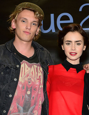 Report: Jamie Campbell Bower and Lily Collins Split