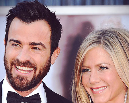 Jennifer Aniston Throws Birthday Bash for Justin Theroux
