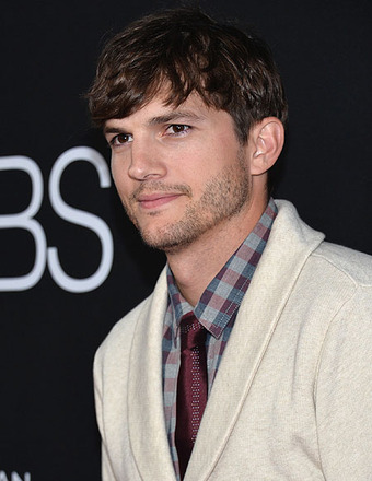 Ashton Kutcher on New 'Men' Co-Star Amber Tamblyn: 'She's Amazing!'