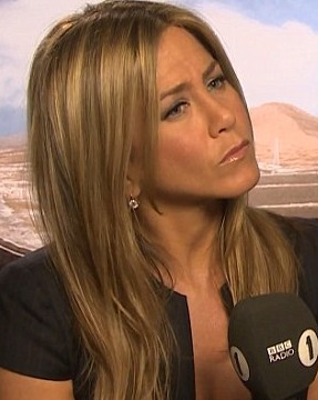 Video! Jennifer Aniston's Awkward UK Radio Interview