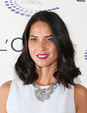 Ouch! Olivia Munn Dislocates Her Shoulder in Swing Accident