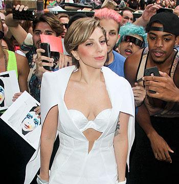 Fashion Spotlight: Lady Gaga's White Hot Ensemble