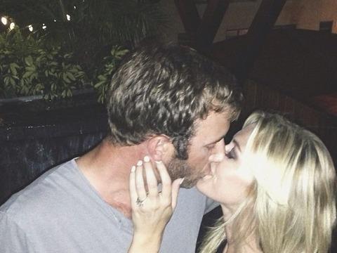 Paulina Gretzky Engaged to Dustin Johnson!