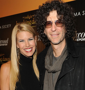 Video! Howard Stern Is a Total Romantic