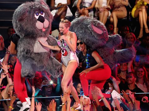 MTV VMAs: Miley Cyrus Twerking with Teddy Bears?
