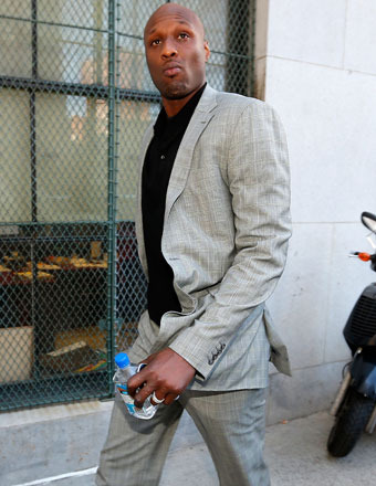 'I Lived with Lamar': Roommate Says Paranoid Odom Smoked Crack