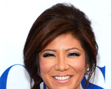 Extra Scoop: Julie Chen Admits to Plastic Surgery on Her Eyes