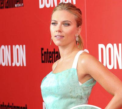 Pic! See Scarlett Johansson's Engagement Ring