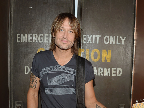 Exclusive Video! A Look Inside Keith Urban's 'Light the Fuse' Tour
