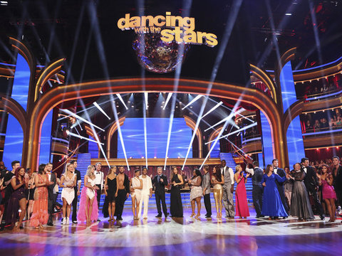 'DWTS' Recap: The First Dancing Duo Goes Home