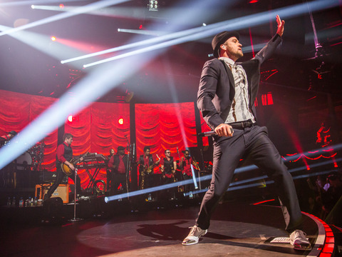 Video! Justin Timberlake Performs New Song at iTunes Festival