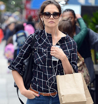 Plaid Fad! Katie Holmes and Jennifer Aniston Wear the Same Shirt