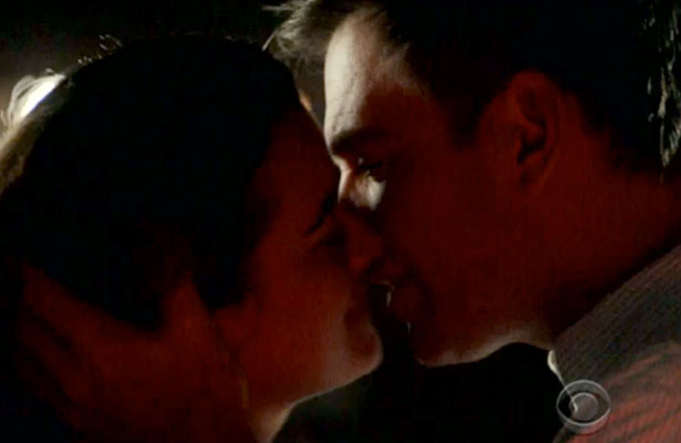 'NCIS' Sneak Peek: Ziva and Tony Kiss!