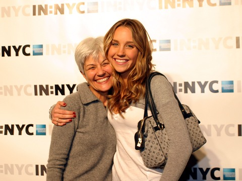 Amanda Bynes' Mom Breaks Silence: 'Amanda Will Get Through This'