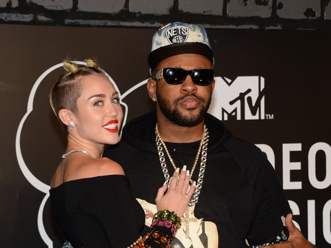 Mike WiLL Says He Calmed Miley Cyrus' Nerves Over 'We Can't Stop'