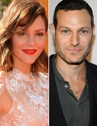 Katharine McPhee Caught Kissing 'Smash' Director While Both Are Sti