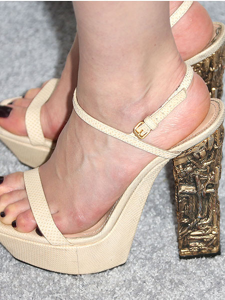 Who Wore These Crazy Heels to the Elle Magazine Event?