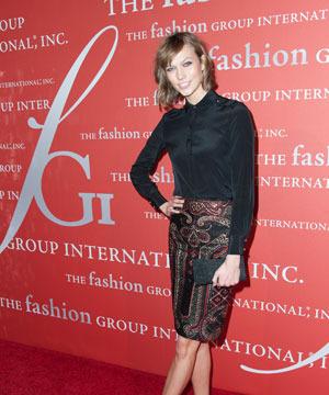 Fall Fashion: Victoria's Secret Angel Karlie Kloss' Perfect Autumn Ensemble