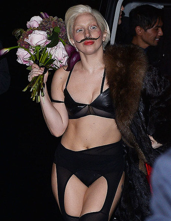 Pic! Another Day, Another Wild Lady Gaga Outfit… And We Have Other Costume Suggestions