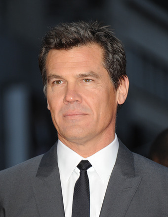 Josh Brolin's Wild Bar Fight! Punches Turn to Bear Hugs