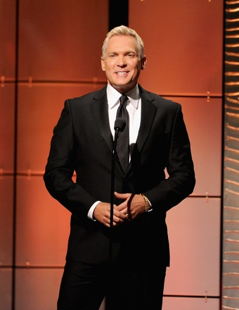 'GMA' Weatherman Sam Champion Supports Elizabeth Vargas