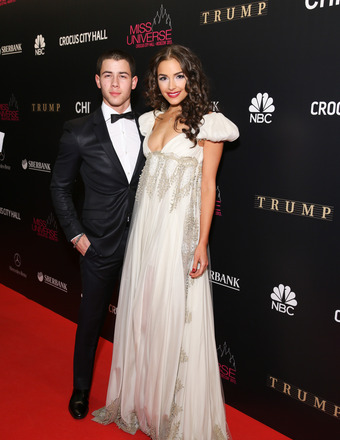 Olivia Culpo Gives Up Miss Universe Crown… But at Least BF Nick Jonas Thinks She's 'Fantastic'