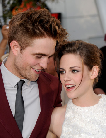 Kristen Stewart and Robert Pattinson… Getting Married?!