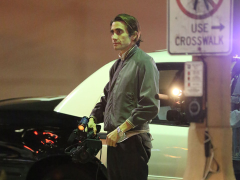 Jake Gyllenhaal 'Flips Out' on Set, Smashes a Mirror with His Hand