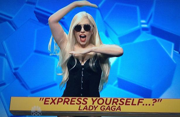 Lady Gaga Pokes Fun at Madonna Feud, Dirty Dances with R.Kelly on 'SNL'!