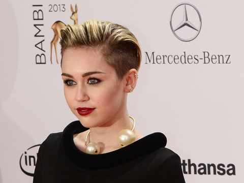 Watch Out… Miley Cyrus Is Turning 21! 6 Reasons She�