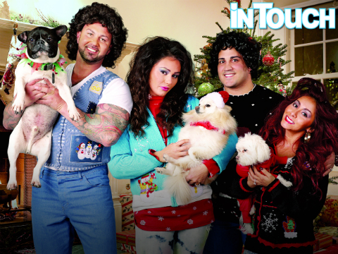See Snooki and JWoww's Hilariously Awkward Family Christmas Photo!
