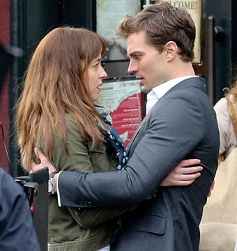 'Fifty Shades of Grey'! Hot New Pics from the Set