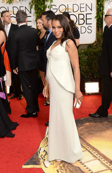 Pic! Kerry Washington Debuts Baby Bump on Golden Globes Red Carpet