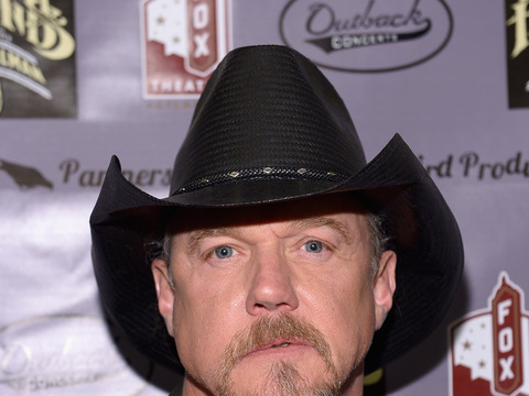 Extra Scoop: Trace Adkins Enters Rehab for Second Time