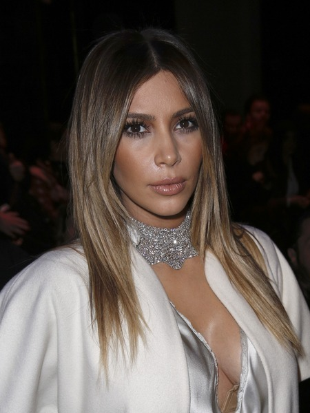 Pic! Kim Kardashian Is Popping Out All Over Paris