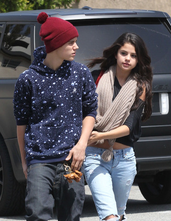 Did Selena Gomez Diss Justin Bieber in New Seventeen Interview?