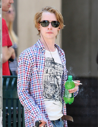 Report: Macaulay Culkin's Dad Suffers Massive