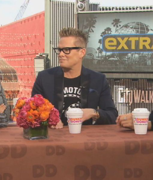 Dunkin' Coffee Talk: Fashion, Winners and More Grammy Predictions!