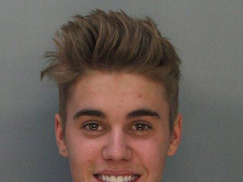 Extra Scoop: Justin Bieber to Face Charges for Alleged Assault in Toronto