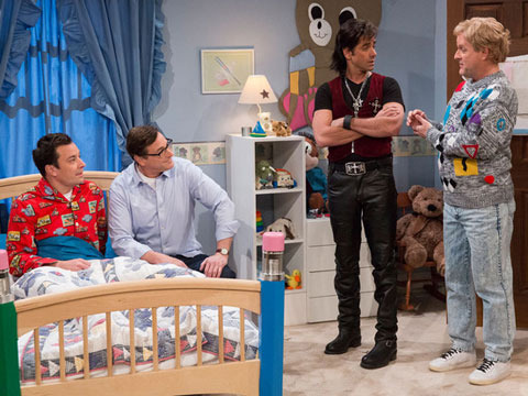 Watch! Jimmy Fallon Joins the Tanner Family for 'Full House' Reunion