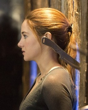 Shailene Woodley Conquers Her Fears in Final 'Divergent' Trailer!