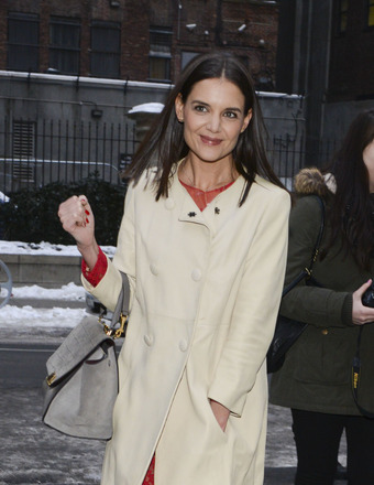 Katie Holmes Gushes About 'Giver' Co-Star Taylor Swift