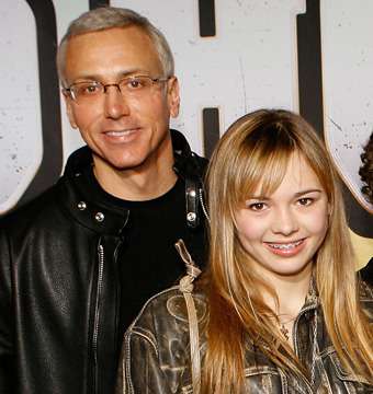 Dr. Drew Opens Up to 'Extra' About Daughter's Eating Disorder