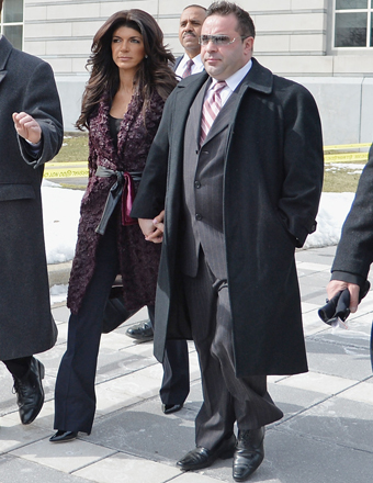 Teresa Giudice Pleads Guilty, Tells 'Extra' She's 'Heartbroken' for Daughters