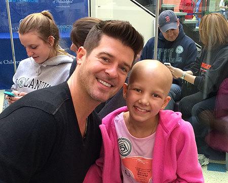 Robin Thicke Visits Children's Hospital of Philadelphia