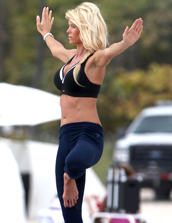 Swedish model Victoria Silvstedt enjoyed a yoga class on the beach in Miami on Thursday.