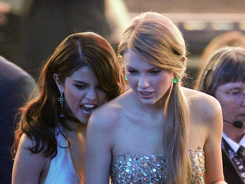 Is Taylor Swift Dropping Selena Gomez as BFF over Justin Bieber Reunion?