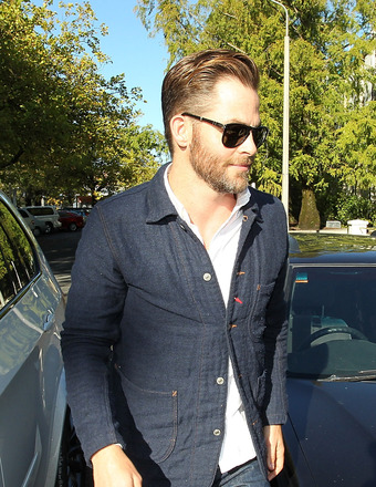 Chris Pine Pleads Guilty to DUI Charge in New Zealand Court
