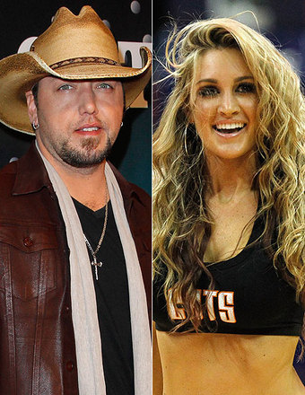 Jason Aldean Dating Woman He Was Caught Kissing Before Divorce